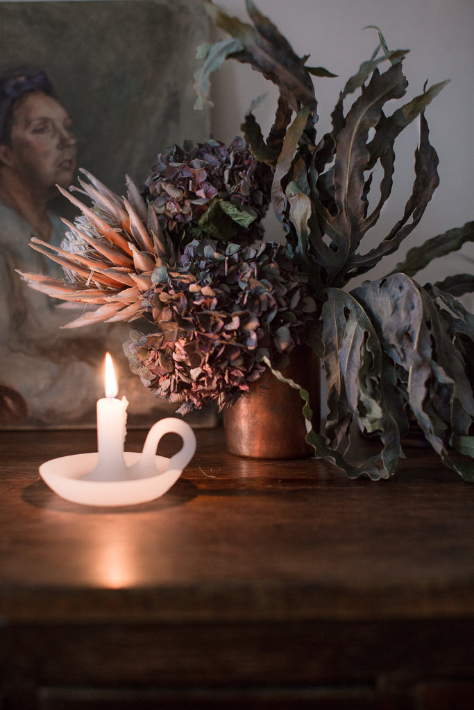 candle light, copper and dried flowers