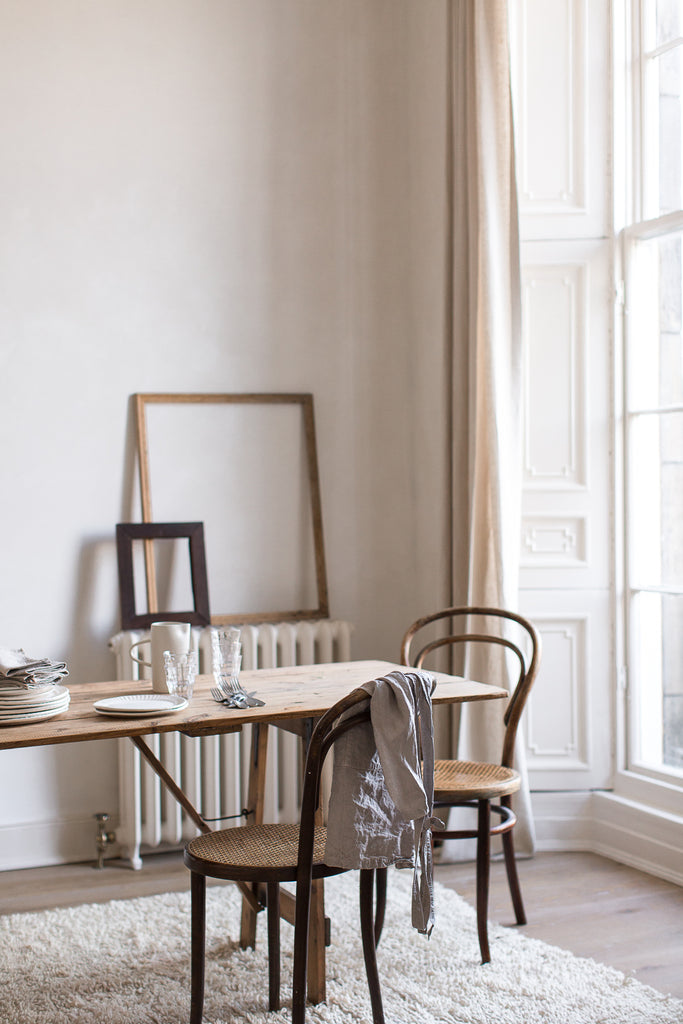 Calm neutral dining room decor