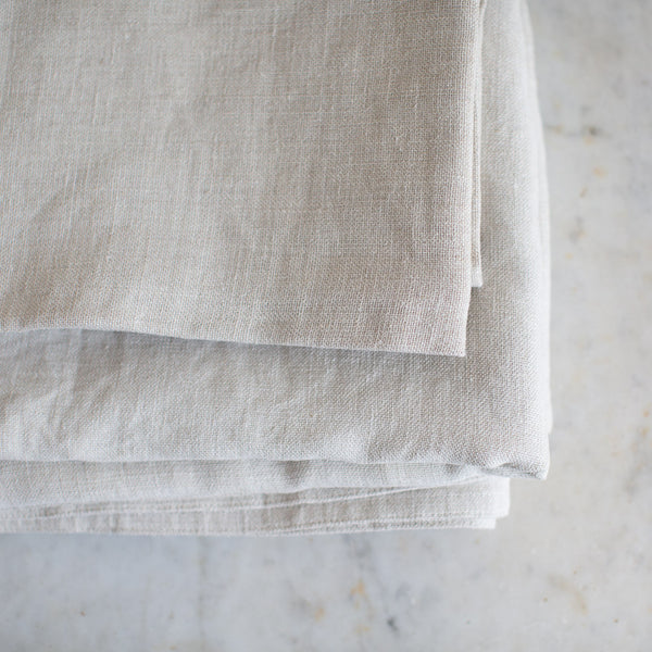 EX-PROP - BELGIAN LINEN TABLECLOTH AND NAPKIN SET IN ECRU