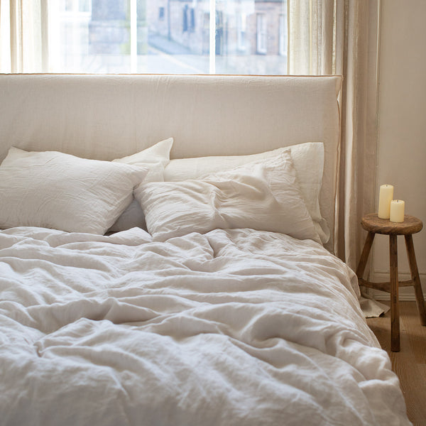 BELGIAN LINEN BEDDING SET IN NATURAL WHITE