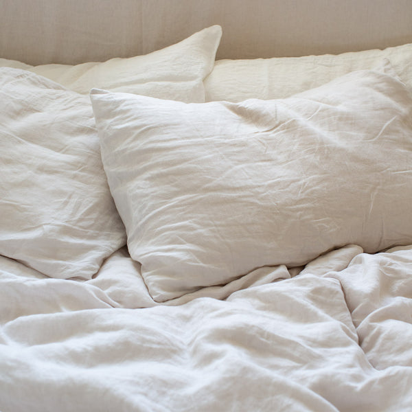 BELGIAN LINEN PILLOWSLIP SET IN NATURAL WHITE