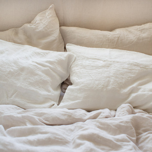 HANDMADE LINEN PILLOWSLIP SET IN OFF-WHITE