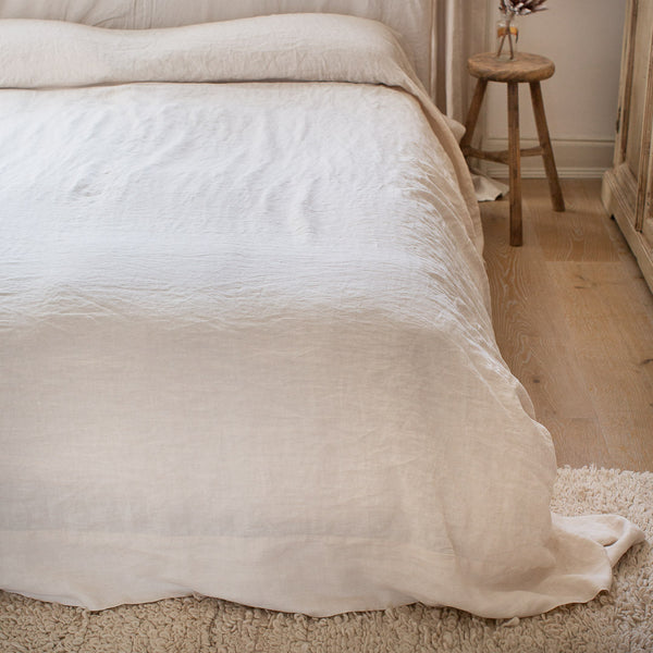 HANDMADE LINEN TOP SHEET IN WARM WHITE