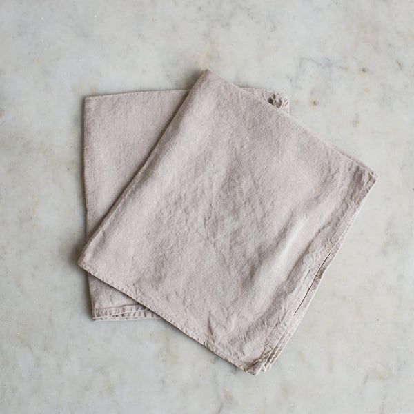 BOTANICAL DYED LINEN NAPKIN SET IN STONE