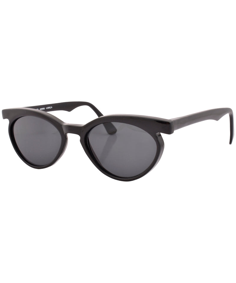 lashette black sunglasses