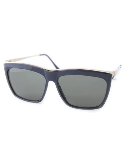 arquette black sunglasses