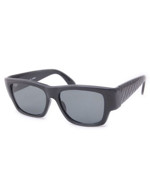 ave0 black sunglasses
