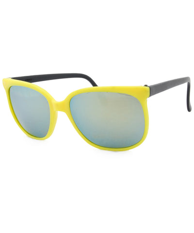 bay yellow black sunglasses