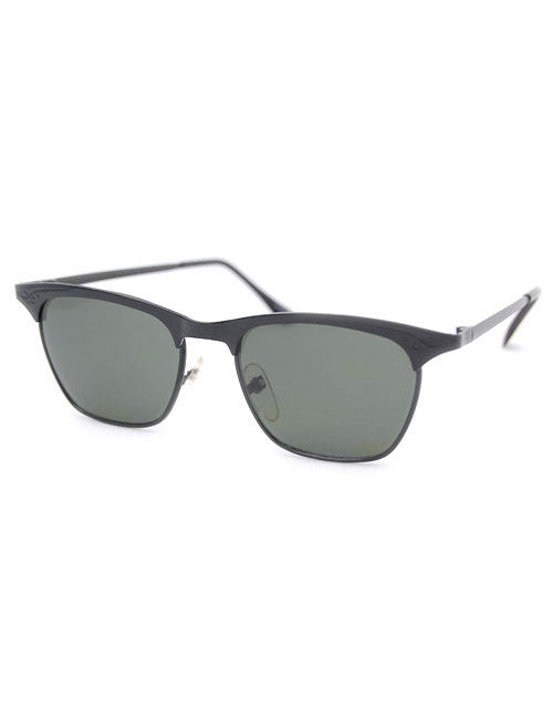 beatrix black sunglasses