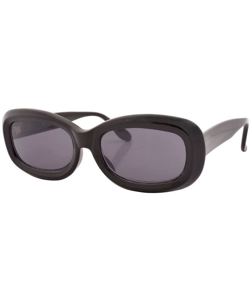 boots black sunglasses