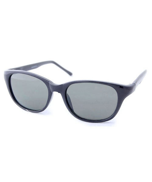 chaser black sunglasses