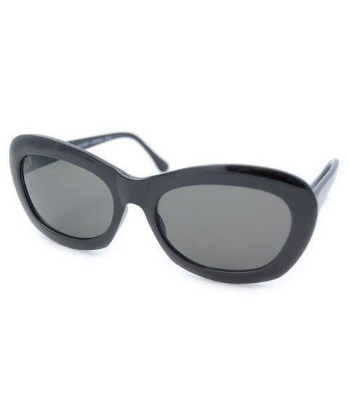 chic tique black sunglasses