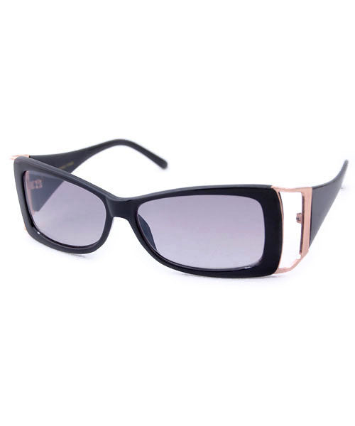fash on black sunglasses