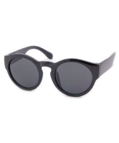 gamine gloss black sunglasses
