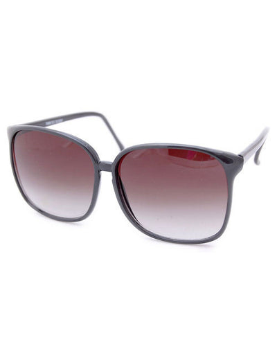 honor black sunglasses