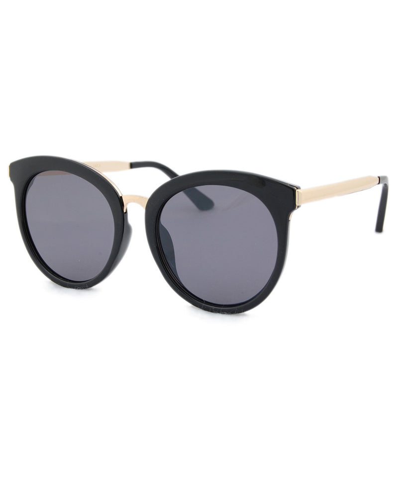 leora black sunglasses