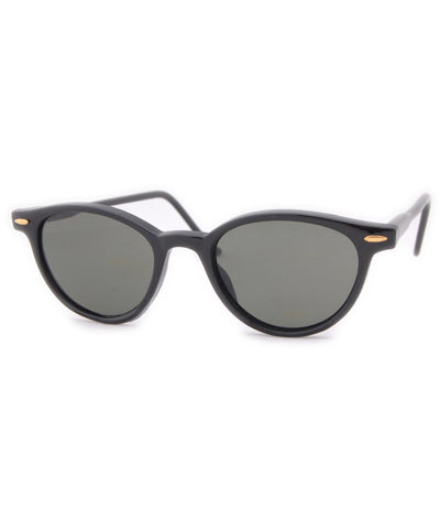 leo black sunglasses