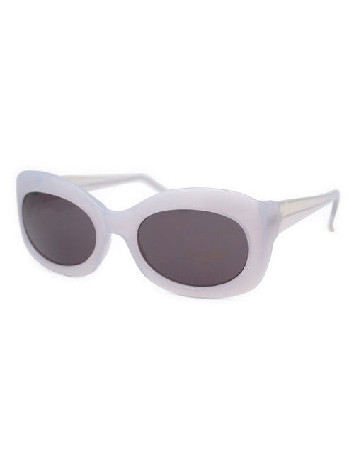peaches gray sunglasses