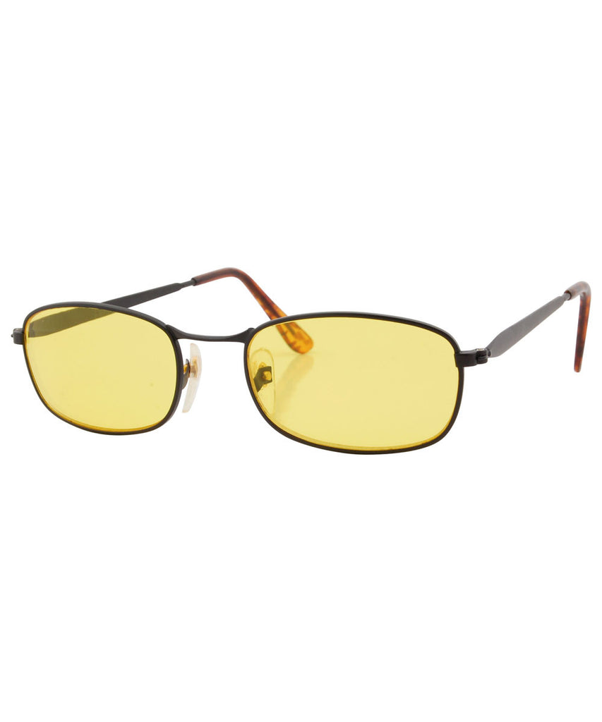hans yellow sunglasses