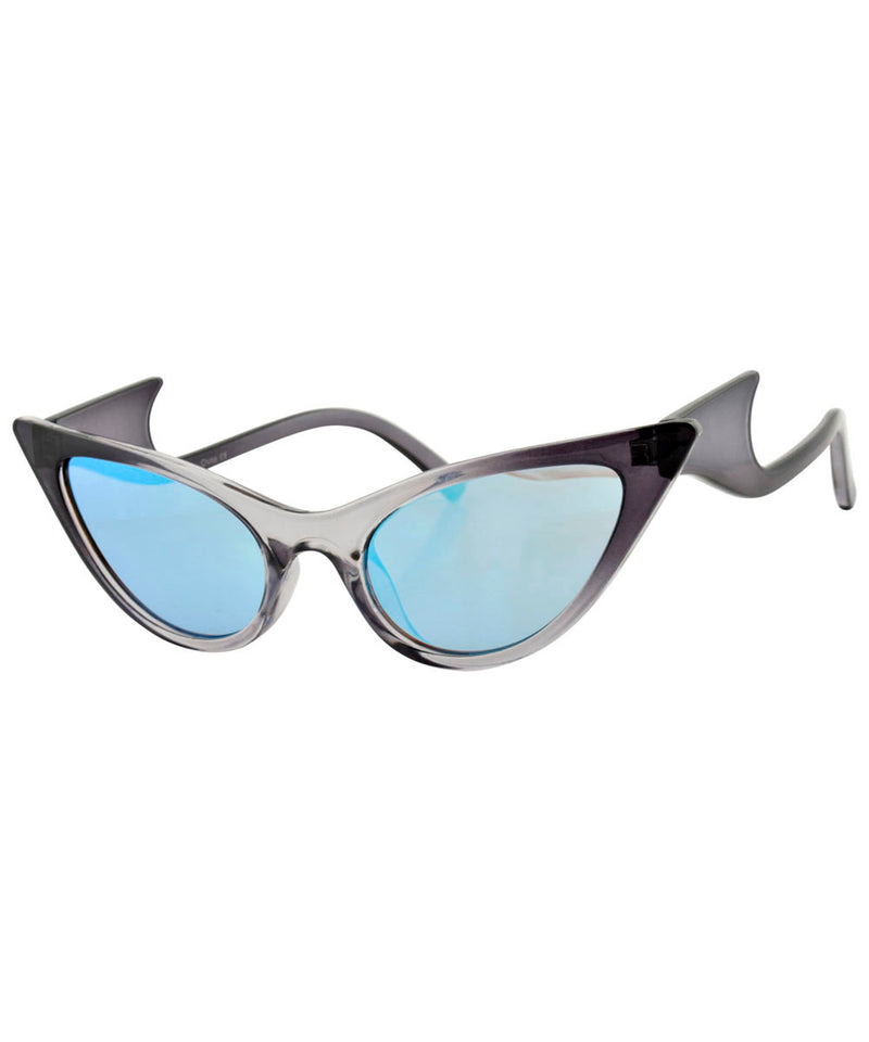 QUIZZY Smoke Cat-Eye Sunglasses