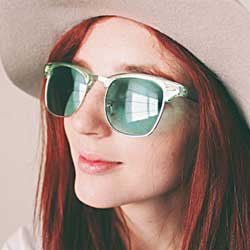 show pony green sunglasses
