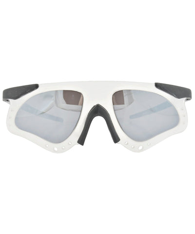 skellie frost sunglasses