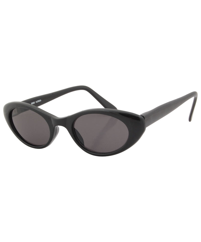 tabby black sunglasses