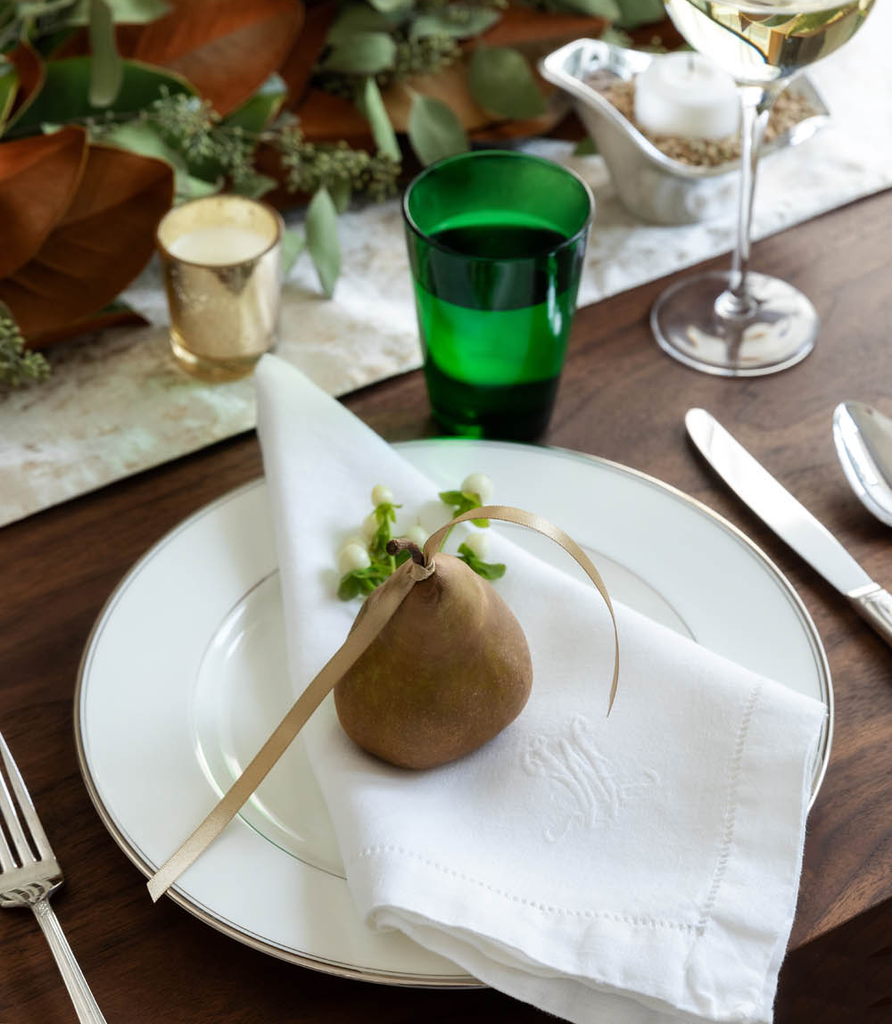 How to Create a Cohesive Tablescape