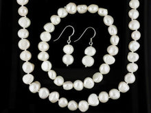 Load image into Gallery viewer, Genuine Freshwater Pearl Necklace Set (White)