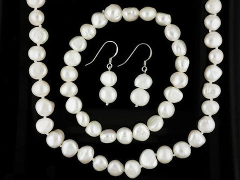 White Pearl Necklace Set