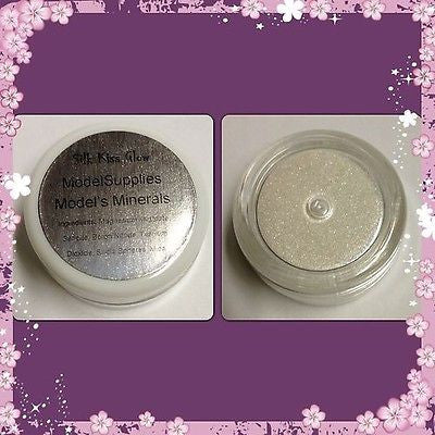 Modelsupplies Model's Minerals Silk Kiss Glow Mineral Eye Shadow Makeup NIP - ModelSupplies
