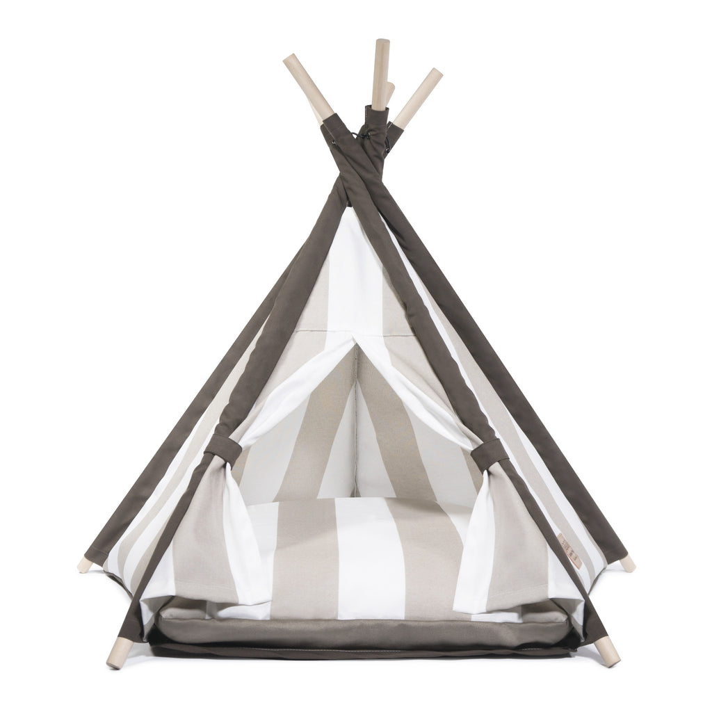 Elegant Pups Designer Dog Teepee tent house.  Dog Teepee for small and medium sized dogs. Direct view.