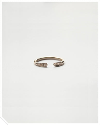 Knuckle Ring - Brass