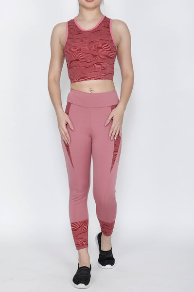 Shop The Look - Compression Top + Tights - Peach Wavy