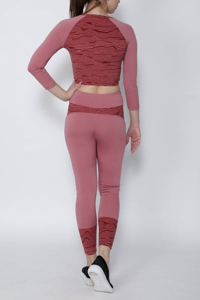Shop The Look - Crop Zipper + Tights - Peach Wavy