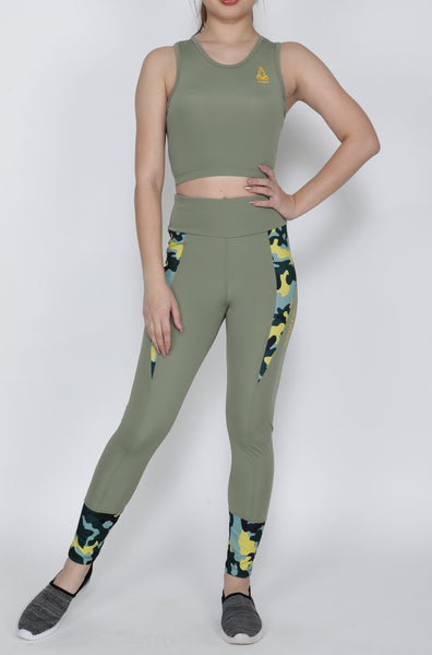 Shop The Look - Compression Top + Tights - Desert Camo