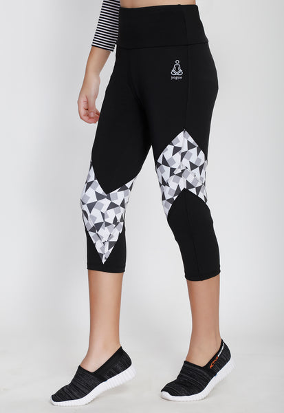 White and Black Capris