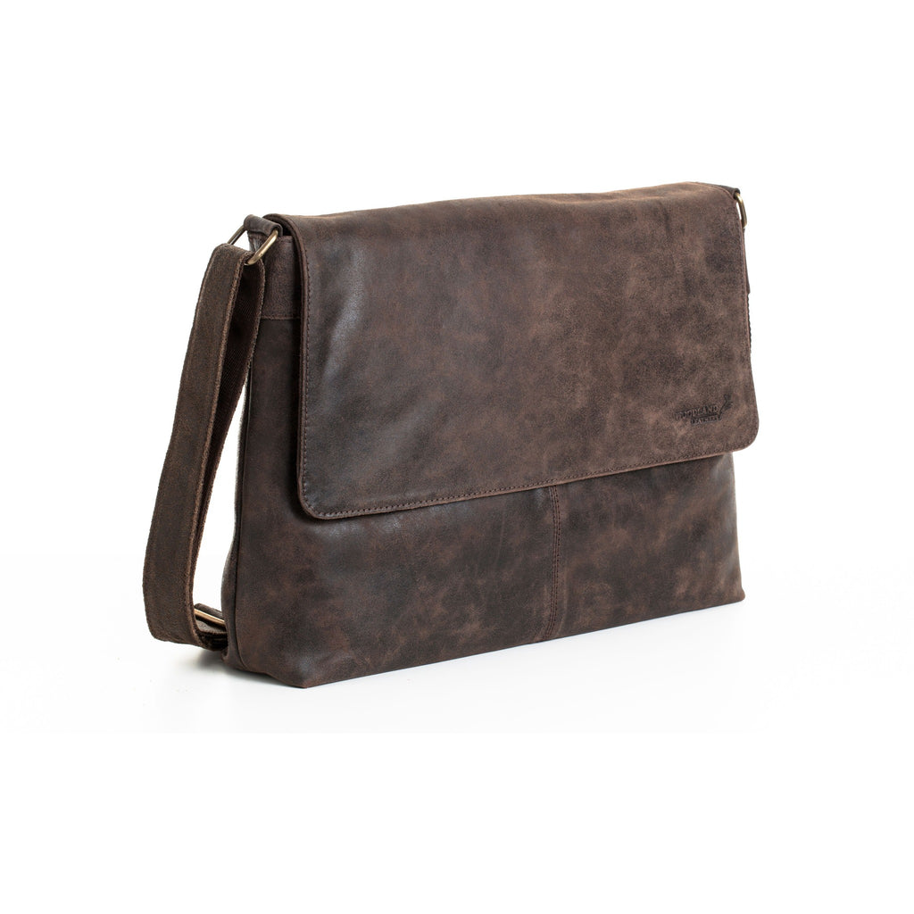 "Woodland Leathers Unisex Leather Messenger Bag - 14"" Laptop"