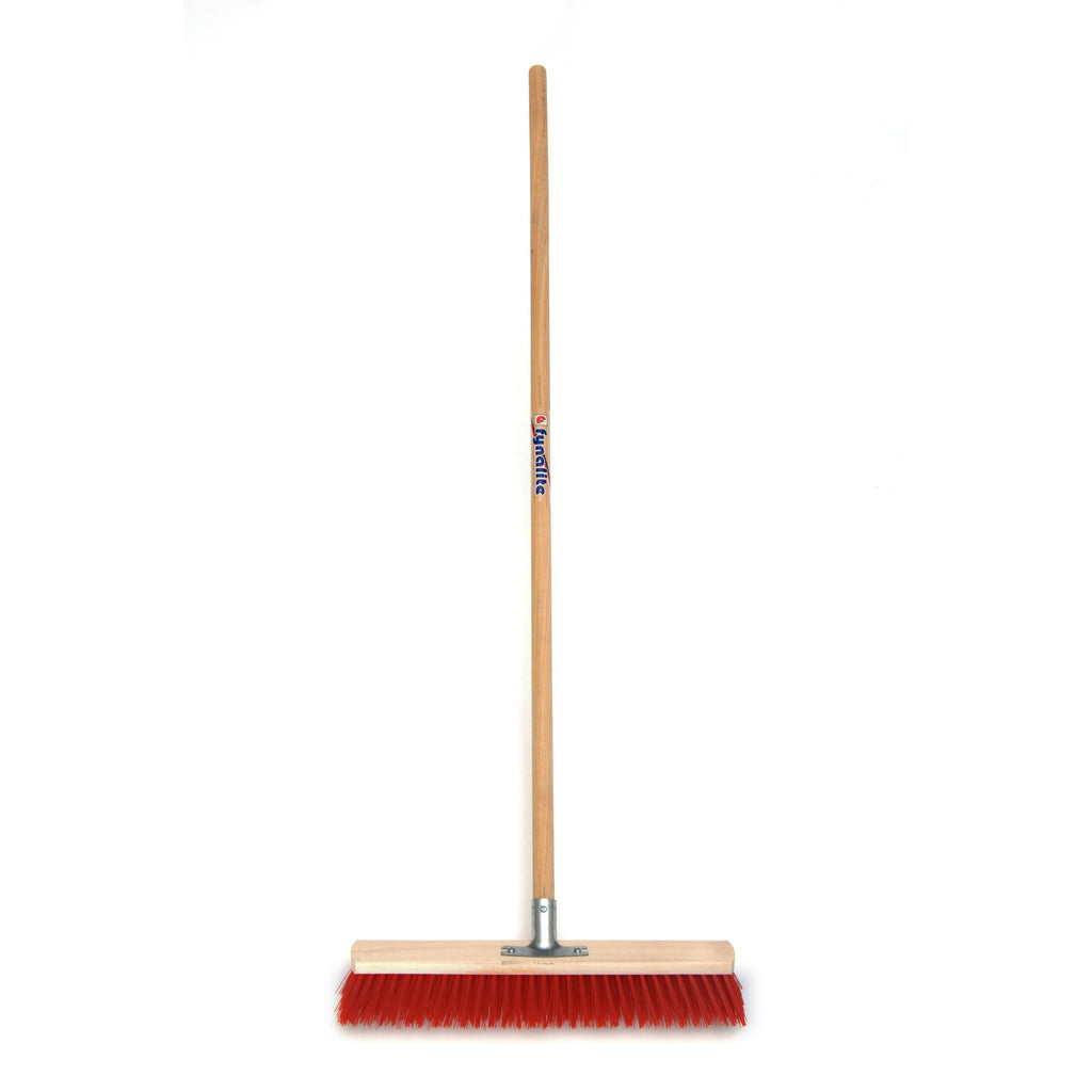 Fyna Lite Heavy Duty Broom - Equestrian Co. - 2