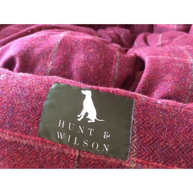 Hunt & Wilson Handmade Luxury Snuggle Corduroy Dog Bed-Equestrian Co.