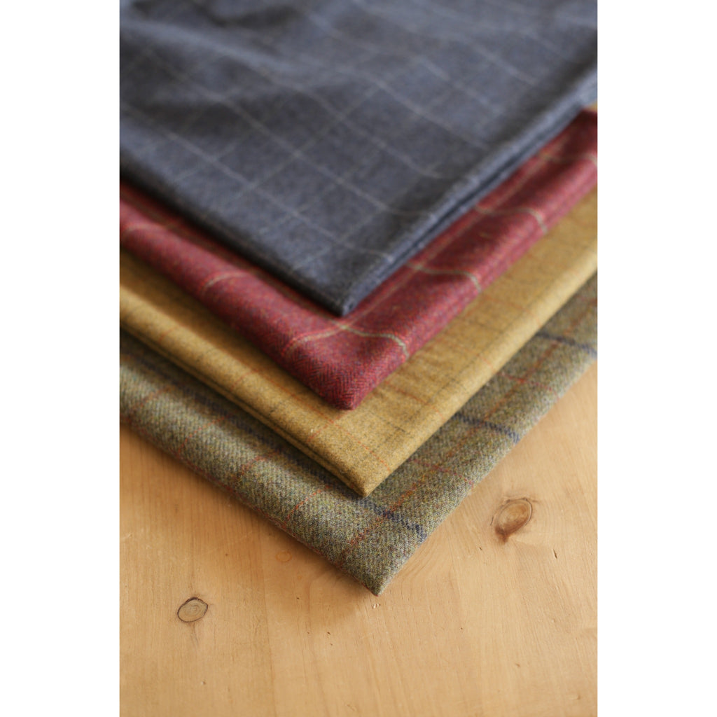 Hunt & Wilson Spare Tweed Bed Cover
