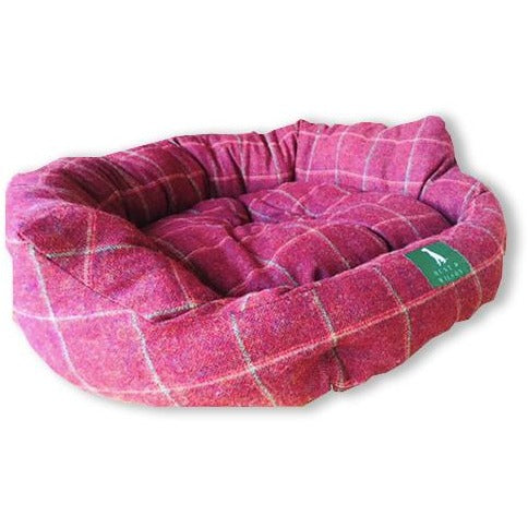Hunt & Wilson Handmade Luxury Snuggle Corduroy Dog Bed