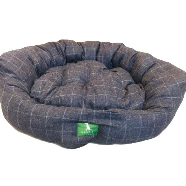 Hunt & Wilson Handmade Luxury Snuggle Tweed Dog Bed