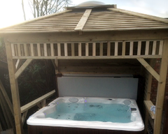 Hot Tub Installation for the Daddys, Kirkella