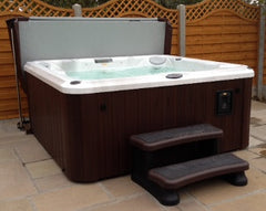 Hot Tub Installation for Dave and Liz Flowers of Kirk Ella