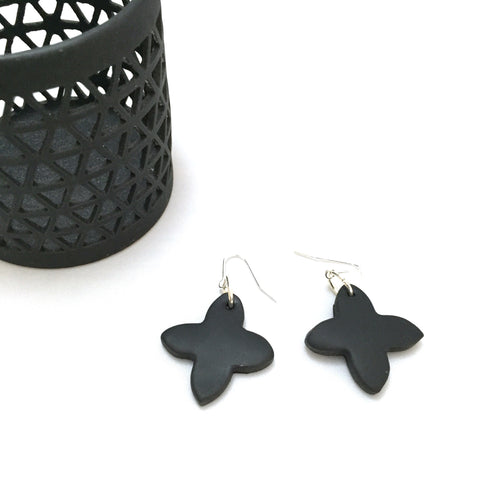 Cross earrings - black