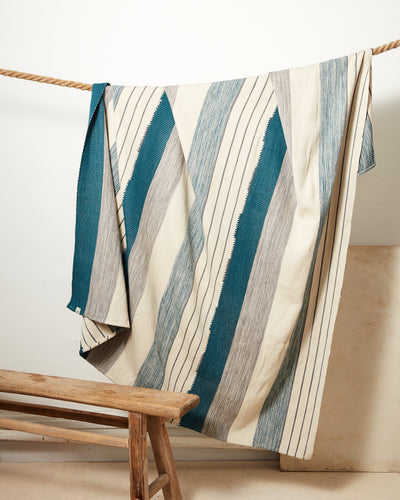 Pantelho Throw - Cerulean + Sage