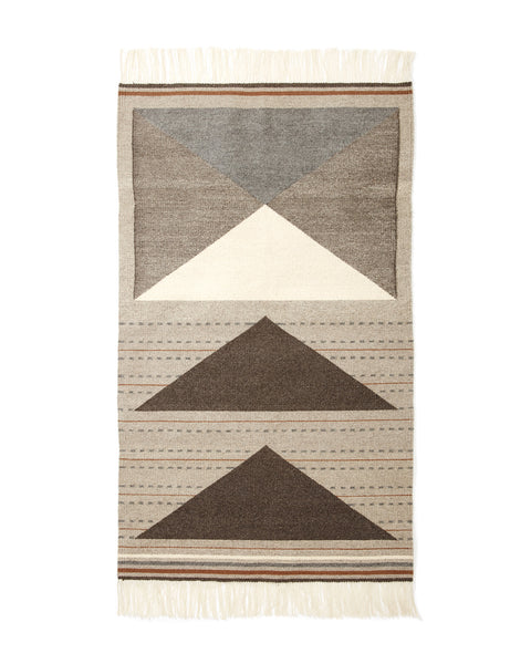 Wild Geese Rug in Grey