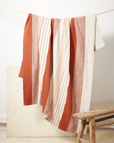 Pantelho Throw - Rust + Cream
