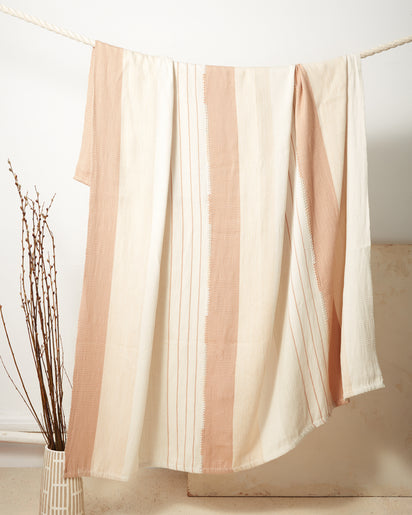 Pantelho Throw - Peach + Sage